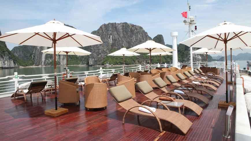 Vietnam Reisen - Das Sonnendeck der Au Co Cruise