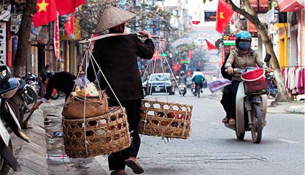 Vietnam Reisen - Strassenszene in Hanoi