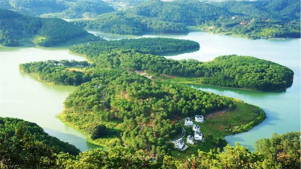 Vietnam Reisen - Der Tuyen Lam See in der Nähe von Dalat