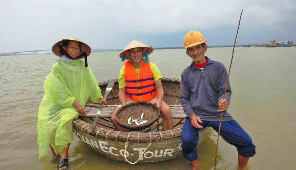 Vietnam Reisen - Fischertour mit den Locals in der Nähe von Hoi An (Originalbild Mirango Travel)