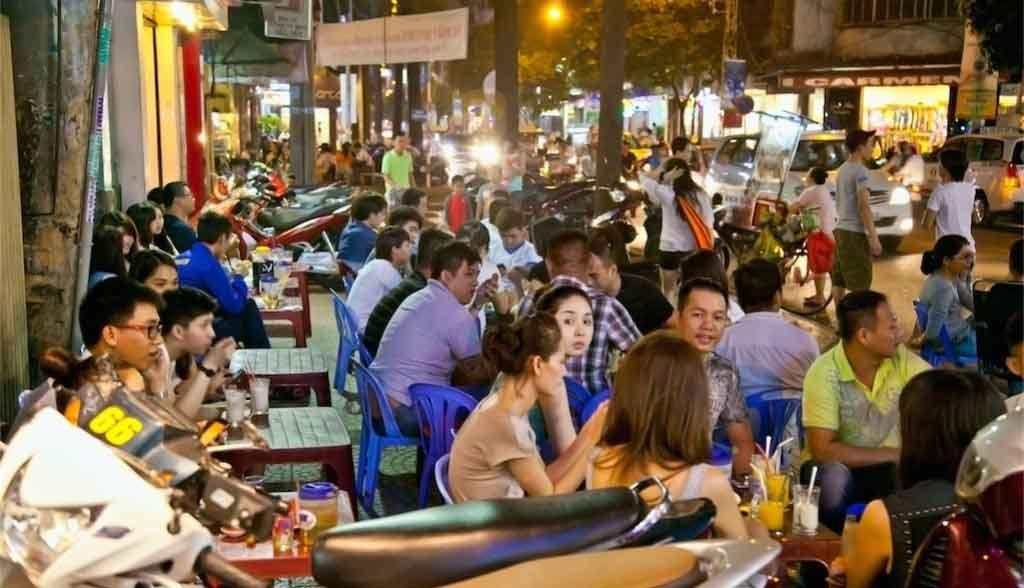 Vietnam Reisen - Strassenszene in Saigon