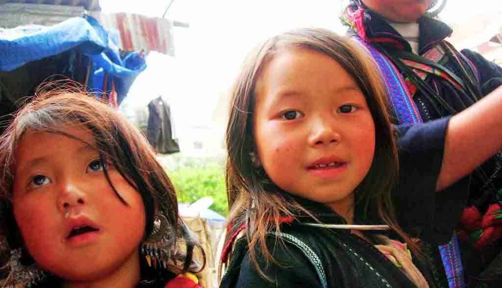 Vietnam Reisen - H'mong Mädchen in Sapa (Originalbild Mirango Travel)